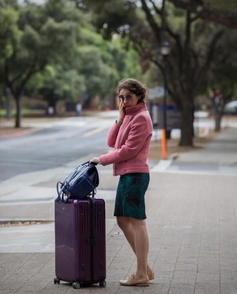 Читать рассказы ношу юбки такой длинны что отсусствие трусов видно фото 356-561